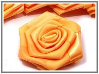 Saténový květ růže - tm.žlutý