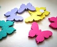 Dřevění motýlci s lepítkem - pastelový mix - 8 ks