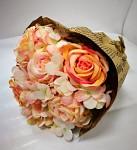 Kytice - růže a hortenzie - meruňková v papíru