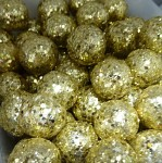 Kulička malá - zlatá glitter - 1 ks