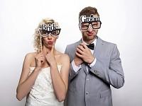 Fotorekvizita - brýle bride and groom