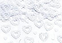 Konfety - bílá krajková srdíčka