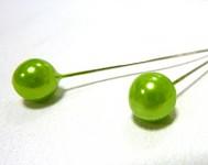 Špendlík  - jasně zelená perla velká  -1ks