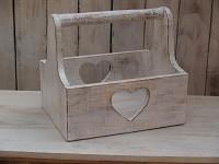 Dřevěný truhlík (přepravka) - ivory vintage se srdíkem