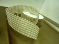 Stuha kostkovaná 25mm - bílá káva - 1 m