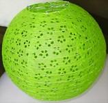 Kulatý lampion 30cm - zelený děrovaný