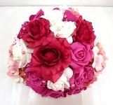 Koule z růží malinová  - dekorace na auto