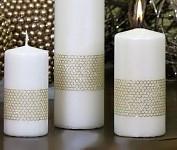 Svíčka válec 10 cm - zlatý vzor - ivory