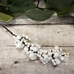 Bobulky malé - zápich - bílé