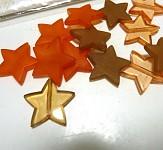 Korálky - mix hvězdy oranžovo-hnědé 20ks