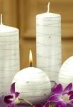 Svíčka válec - bílá s hvězdičkami - 17 cm