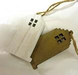 Dřevěný domeček bílý/hnědý - závěs