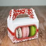 Krabička dárková s ouškem na makronky - červená