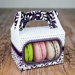 Krabička dárková s ouškem na makronky - fialová