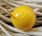 Svíčka koule - sytě žlutá lakovaná - 45mm