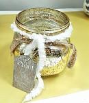 Svícen zlatý krakel se šálou