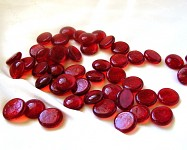 Skleněné kamínky červené