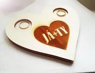 Dřevěný tácek pod prsteny srdce - JÁ + TY