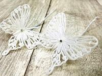 Motýl bílý glitr mini - zápich - 6ks