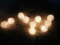 Světelný řetěz koule bílé - 20ks