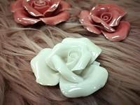 Růže porcelán - krémová - 5 cm