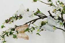 Motýl klip - třpytivý - bílý
