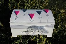 Dřevěná pokladnička - na sny srdíčka růžová a šedá
