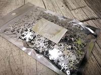 Sněhové vločky stříbrné  - konfety plastové 30g