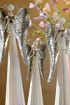 Anděl plechový se srdíčkem bílý - 40 cm