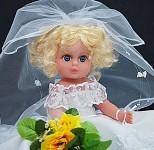 Panenka 7  - blondýnka v bílém
