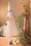 Anděl s tylovou sukní stojící 35 cm - bílý