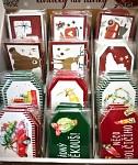 Vánoční visačky červeno- zelené - 6 ks - mix motivů