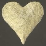 Srdce kov bílé s motýlky - 20 cm