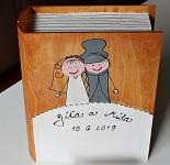 Dřevěná krabička na přání (peníze) - svatební kniha hnědá
