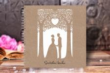 Svatební kniha hostů - přírodní - zamilovaný pár