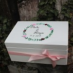 Dřevěná krabička na přání (peníze) - růžičky