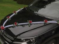 Girlanda na auto - tylová šerpa s růžemi - bordo - 1ks