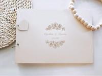 Svatební kniha hostů - dřevěná se jmény - kvítky