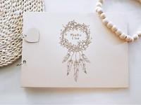 Svatební kniha hostů - dřevěná se jmény - Květiny a peříčka