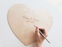 Dřevěné srdce na podpisy - 30 cm