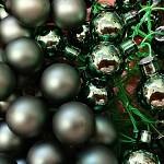Baňky na drátku smaragdově zelené 20mm - 1ks - lesklé
