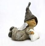 Anděl v čepici ležící glitr - 7x 10 cm