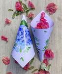 Papírový kornout na plátky růží - 8 ks - bílý s hortenzií