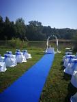 Svatební koberec - běhoun - tm.modrý - půjčovna