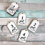 Adventní čísla na svíčky dřevěná - bílá s koníčkem