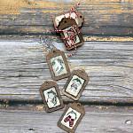 Dřevěná vánoční visačka natur 65 mm  - 4ks  - vánoční motivy