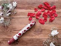 Vystřelovací konfety 40 cm - bordo plátky růží
