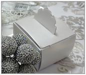Dárková krabička - bílá satén perleť