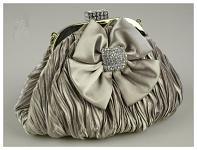 Společenská kabelka - stříbrná s mašlí