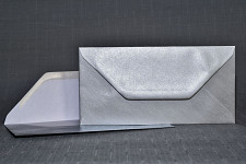 Obálka perleťová DL - stříbrná
